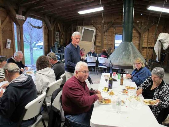 Trails End RV Park: Gatherings at the Clubhouse