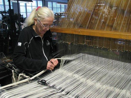 Sjolingstad Woollen Mill: Knyting av renning