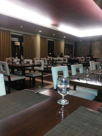 Rock Manali Hotel & Spa: Restorent