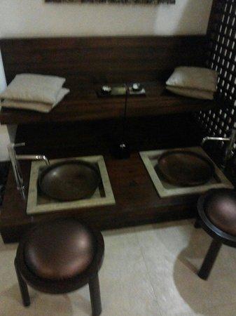 Rock Manali Hotel & Spa: The spa