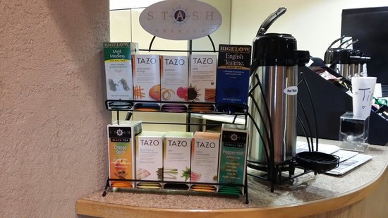 Best Western Plus Territorial Inn & Suites: For tea lovers