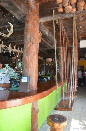 La Buena Vida Restaurant : Balanços