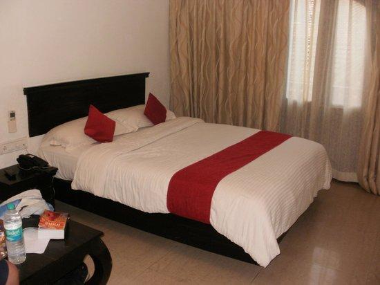 Calangute Grande: Comfy bed!