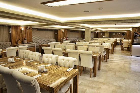 Orka Royal Hotel: Restaurant