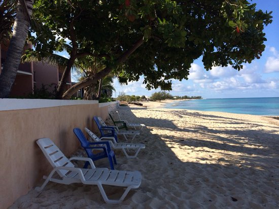 Osprey Beach Hotel: The luxury of being on a quiet and chill beach