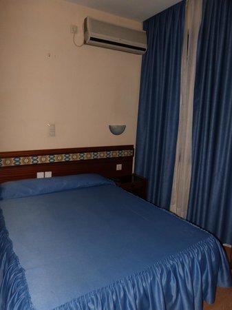 Hostal Felipe V: Habitación