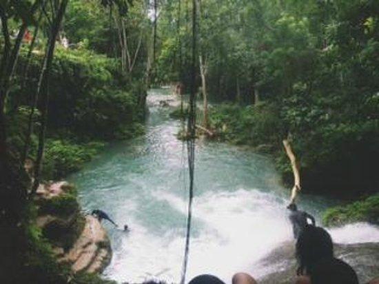 Liberty Tours Jamaica - Day Tours : Irie Blue Hole, Secret Falls Excursion