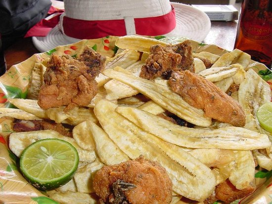 Casagua Horses Tours: The famous fried chicken and chips on the Taste of Guanacaste Tour