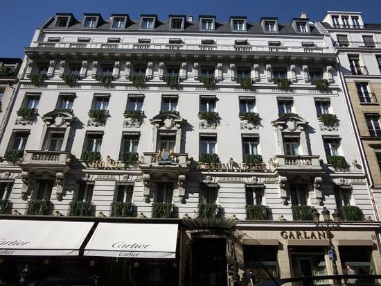 Hotel Westminster: 1階はカルティエ本店