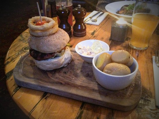 Stables Pub & Brewery: pork burger with new potatoes