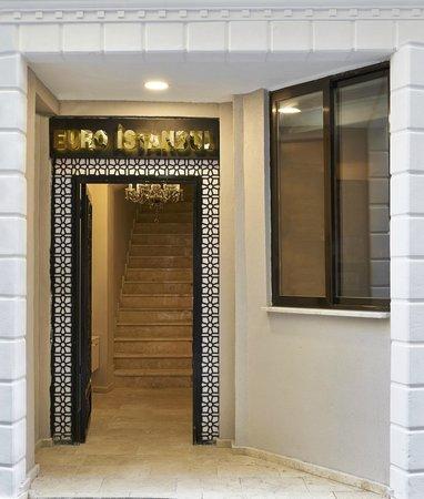 Euro Istanbul Hotel: giriş