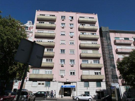 Residencial Horizonte: Hotel visto da rua