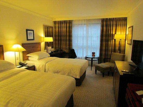 Hyatt Regency London - The Churchill: Room View 2