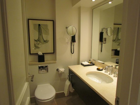 Hyatt Regency London - The Churchill: Bathroom