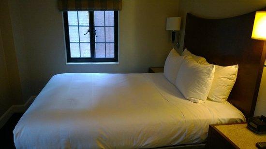 Hilton New York Grand Central: Bedroom