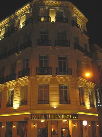 Hotel Trocadero in the nightlights.