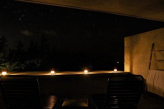 Hix Island House: night balcony
