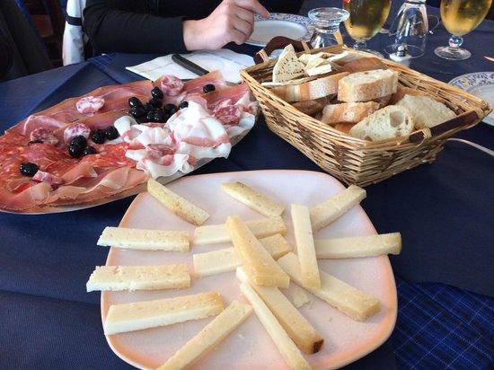 Oulx, Italy: Salumi e formaggi