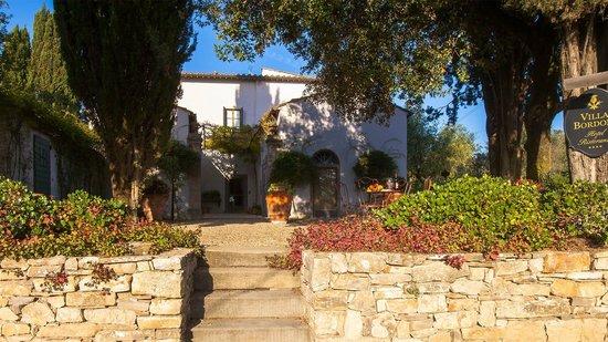 Entrance to Villa Bordoni
