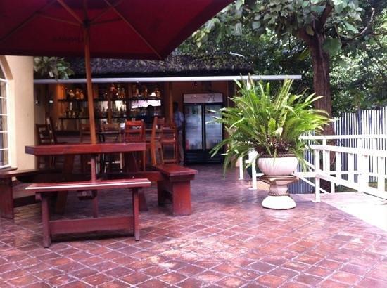 Casa Mia Lodge & Restaurant: drinking hole