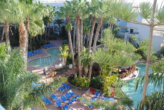Maspalomas Princess Hotel: Tuin en zwembaden