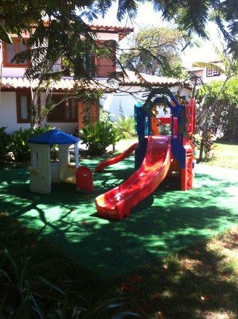 Pousada dos Tangaras: Brinquedos externos