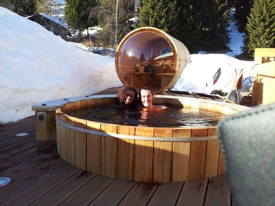 Les Trois Ours : Sur la terrasse vue sur la sauna
