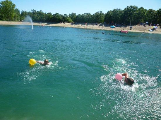 Debonair Campground: Private Beach
