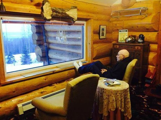 A Taste of Alaska Lodge: Really Roughing It!!
