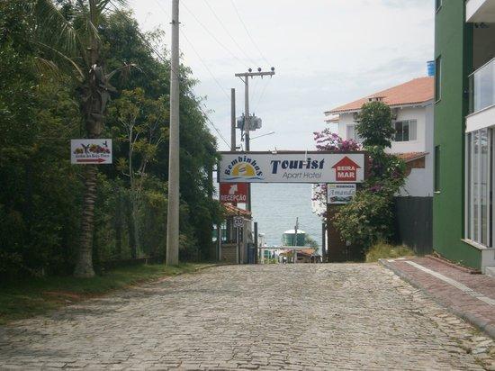 Bombinhas Tourist Apart Hotel: 1-Bombinhas Tourist: ingreso principal