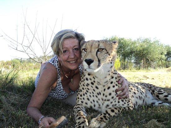 Tenikwa Wildlife Awareness Centre: me and Dumas