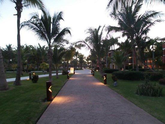 Barcelo Maya Caribe: La passeggiata