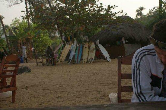 Yurika, Sierra Leone: Surf en Sierra Leone