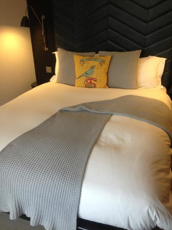 The Hoxton, Shoreditch : comfortable bed