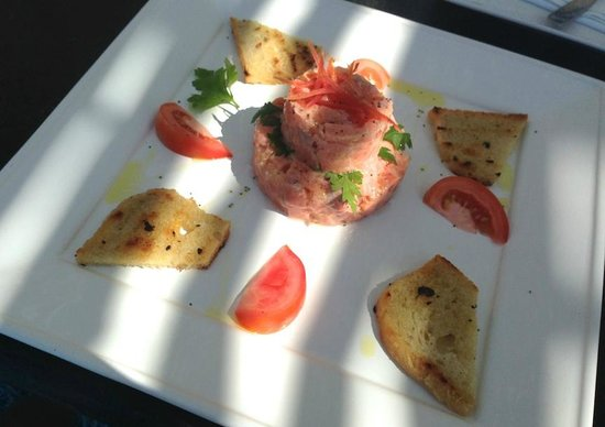 The Chili Beach Boutique Hotel & Resort: the salmon tartare was my favorite dish :-)