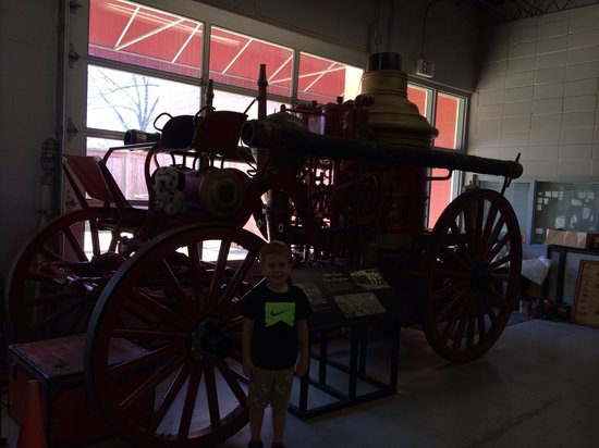 City of Jackson Fire Museum: A 1904 fire engine