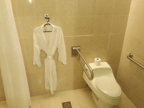 The Westin Kuala Lumpur : bathroom