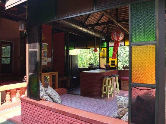 Joy's House: Barbereich