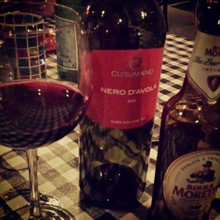 Nino's Family Restaurant : wine