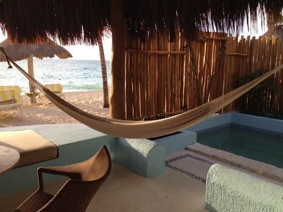 Mahekal Beach Resort: ocean front de luxe
