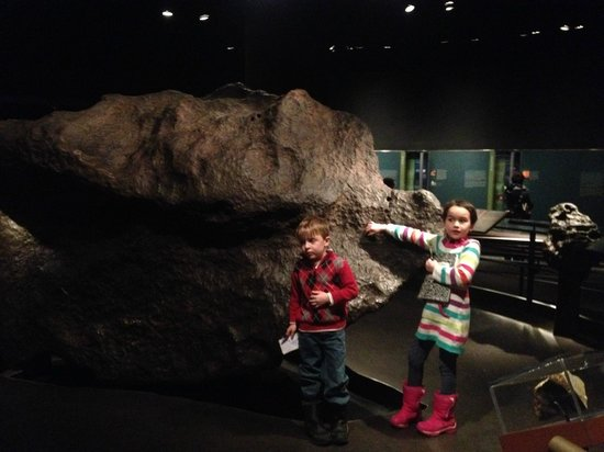 American Museum of Natural History : minerals and space rooks