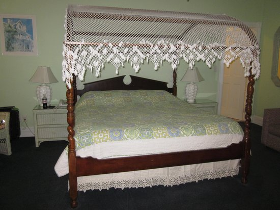 Amsterdam's Curry Mansion Inn: King room