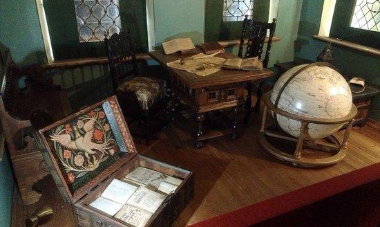 Chambers of The Romanov Boyars: Комната старших сыновей