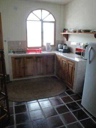 La Posada del Quinde: kitchen area