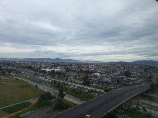 Holiday Inn Bogota Airport: Vista do quarto
