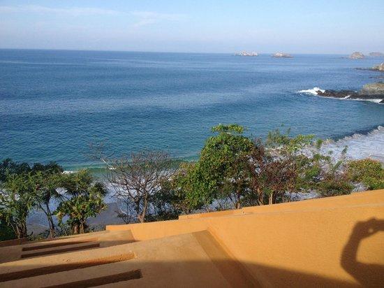 Las Brisas Ixtapa: Morning room from room terrace