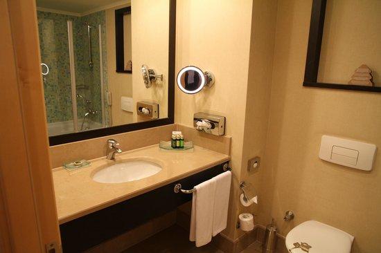 Amara Wing Resort Kemer: bathroom