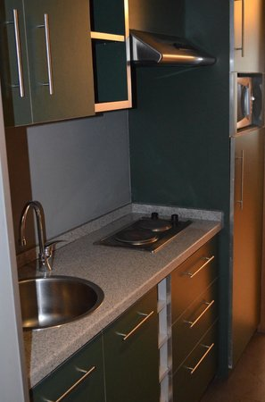 JM Suites Hotel : Small Kitchen Area