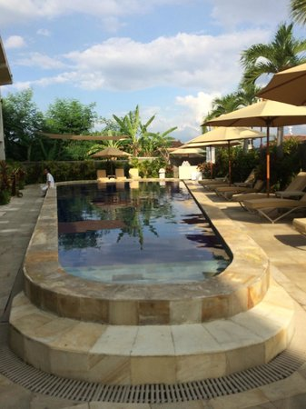 The Lovina: Almost private pool outside our suite