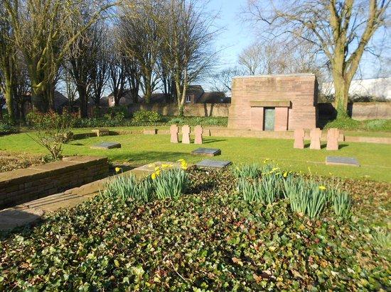 Deutscher Soldatenfriedhof Haubourdin : Entrée du cimetière